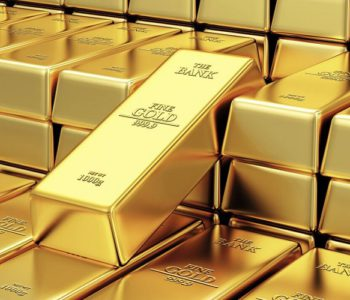 Gold price down by Rs 500 per tola