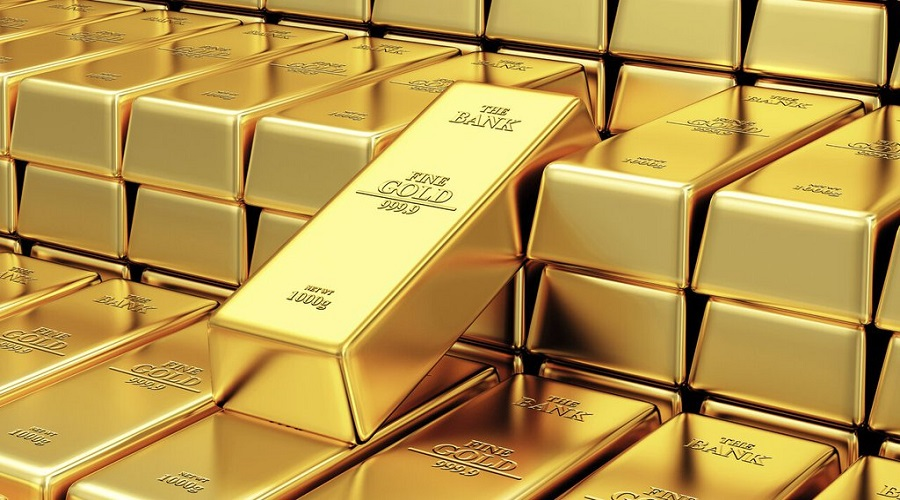 Gold price down by Rs 200 a tola on Monday