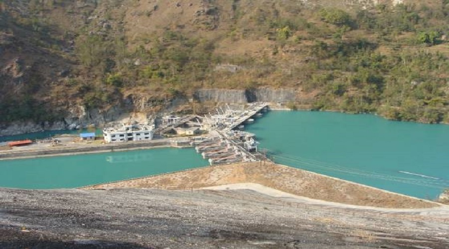 Govt to extend deadline of ongoing hydro projects by one year
