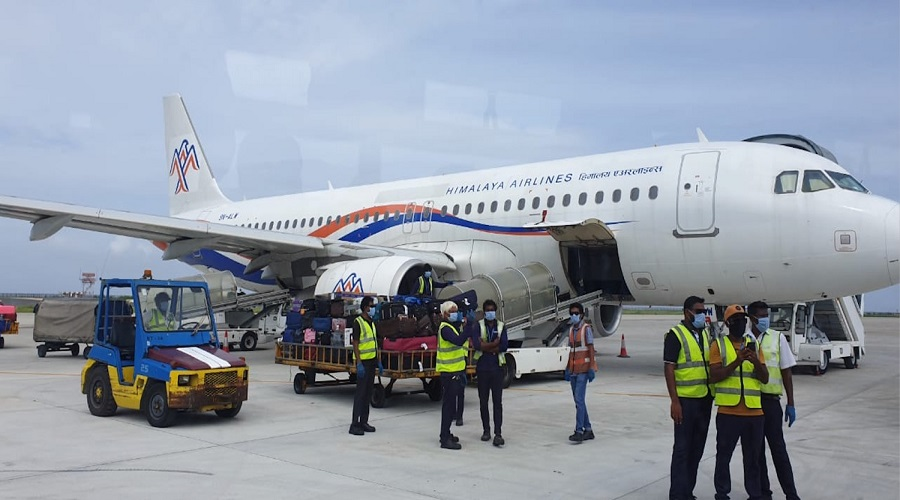 Movement of passengers in int'l flights up by 32pc