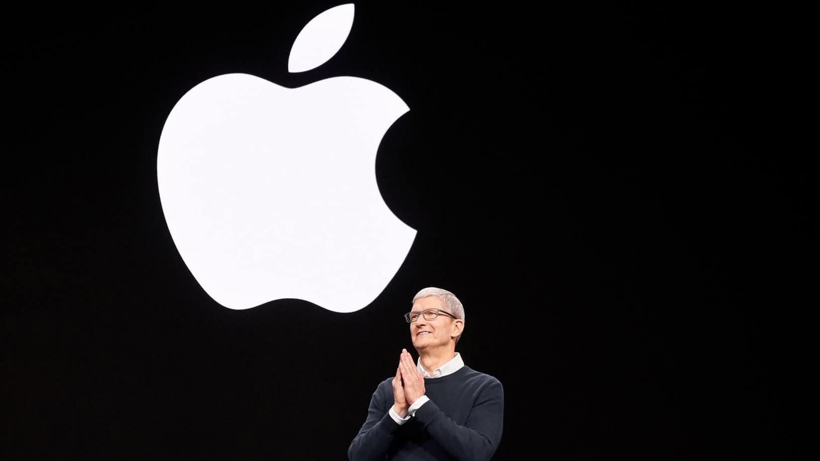 Apple hit a market cap of $2 trillion
