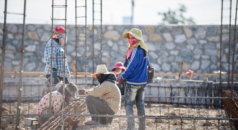 COVID-19 drives wages down: ILO